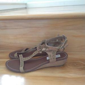 Steve Madden taupe sandals size 8.5